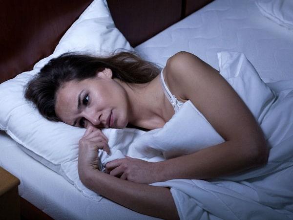 Nhiều người gặp phải tình trạng mất ngủ ban đêm