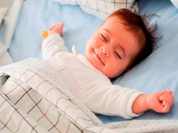 Những dấu hiệu cảnh báo giấc ngủ của trẻ bất thường mẹ cần nắm