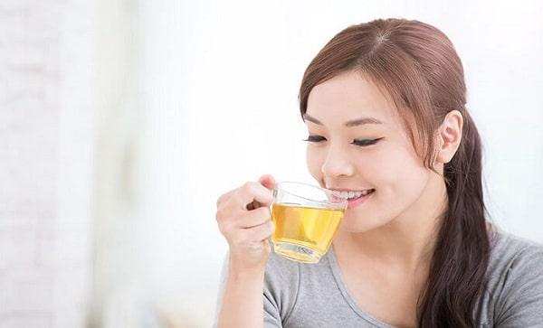 Phụ nữ sau sinh có thể uống nước vối