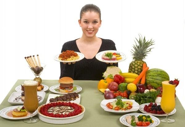 Điều chỉnh chế độ ăn uống để giảm lượng mỡ dư thừa