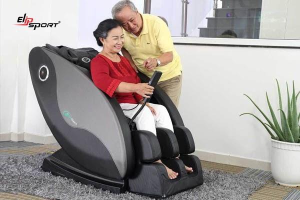 Sử dụng ghế massage giúp tâm trí thư giãn, loại bỏ lo âu, căng thẳng